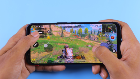Cool-but-Cheap-Mobile-Gaming-Accessories