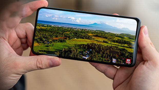 Android Poco F3 Cover Image